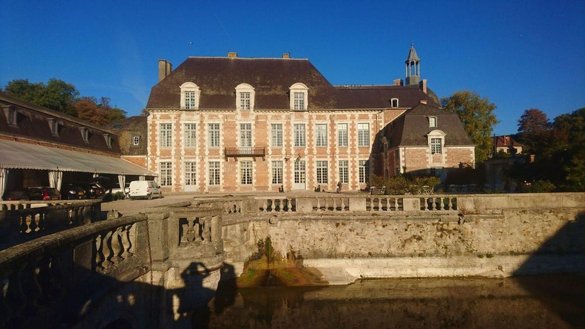 Vinresa i Champagne med Hallbus Vin, Chateau Etoges